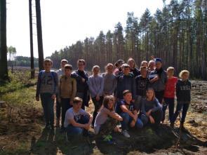 Sadzenie lasu – niezwykłą lekcja przyrody…